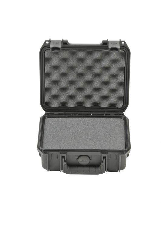 SKB iSeries 0907-4 Waterproof Utility Case with cubed foam